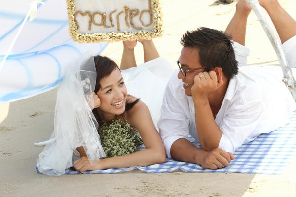 Lê Bê La kết hôn cùng phó đạo diễn Hải Thanh vào ngày 31/5, anh sinh năm 1983 quê ở Bảo Lộc, Lâm Đồng. Đám cưới tổ chức ở 3 nơi gồm Daklak nhà gái, Lâm Đồng nhà trai và TP.HCM với bạn bè đồng nghiệp.
