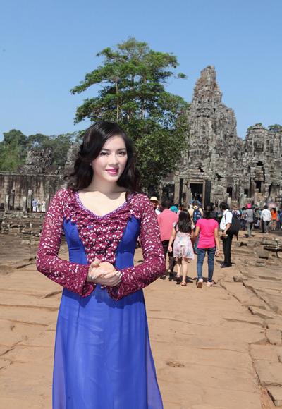 Nàng kiều nữ chia sẻ, cô muốn thể hiện hình ảnh dịu dàng của người con gái Việt.