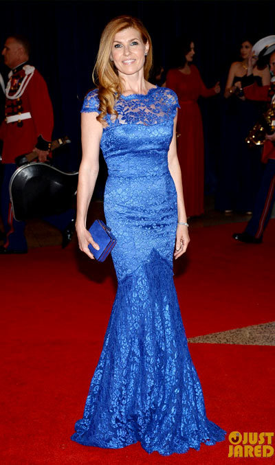 Connie Britton glams up the red carpet at the 2013 White House Correspondents Association Dinnerheld at the Washington Hilton on Saturday (April 27) in Washington, D.C. wearing a Temperley London dress,