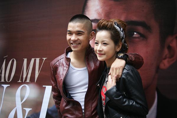 Chi Pu và Cường Seven bị đồn chia tay khi ít xuất hiện cùng nhau trong thời gian qua.