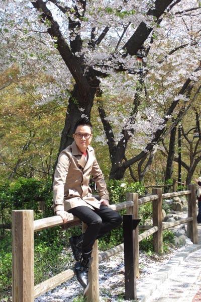 Nhật Tinh Anh chia sẻ, anh đặc biệt thích không khí và con người Hàn Quốc. Nơi đây thời tiết rất dễ chịu và phong cảnh đẹp khiến anh 'mê mẩn'.