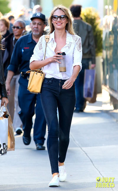 Victoria's Secret models Candice Swanepoel head out and about to do some shopping together on Wednesday (May 1) in New York City.