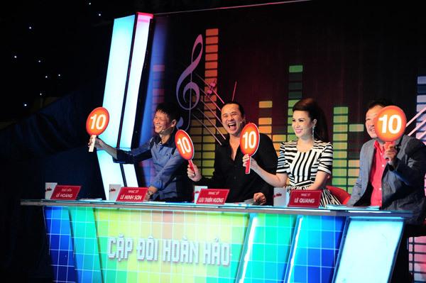 Màn điểm tối đa của đêm chung kết dành cho Thanh Thuý - Dương Triệu Vũ.