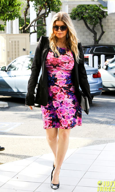 Diane KruFergie steps out wearing a colorful floral dress while arriving for a business meeting on Thursday (May 9) in Santa Monica, Calif. ger rocks a chic polka dot blazer while exiting her hotel on Tuesday (May 7) in New York City.