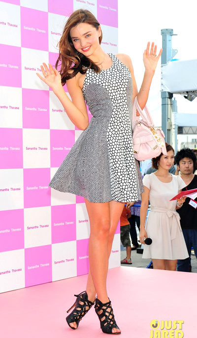 Miranda Kerr is stylish as can be at the Samantha Thavasa handbags promotion event held at the Tokyo Skytree on Sunday (September 9) in Tokyo, Japan. wearing a Josh Goot dress.