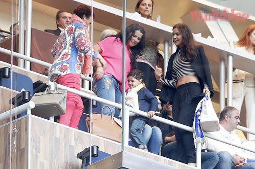 Irina và mẹ của C. Ronaldo vẫn luôn bị đồn là không ưa gì nhau.