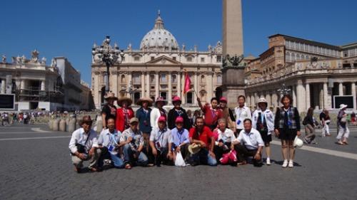 Du khách có thể tham gia các tour châu Âu với giá ưu đãi.
