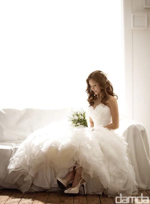 Lee Ji Hyun.
