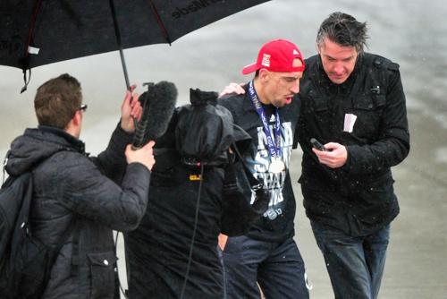 Ribery cũng được các báo đài quan tâm.