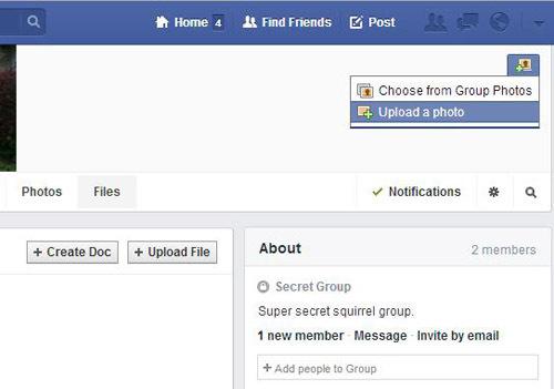 Bạn có thể lựa chọn hình ảnh chính cho nhóm với cách đăng tải một hình ảnh, hay biểu tượng của nhóm xuất hiện ở phần trên cũng phía bên phải của trang chính.