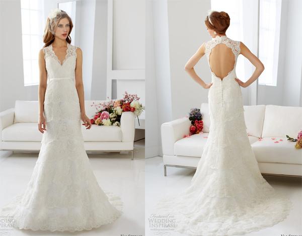 Hoặc phần lưng váy để trần quyến rũ.