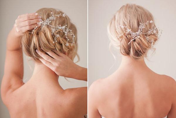 Cài lược trang trí bằng hoa pha lê nhỏ hoặc hoa lụa giúp kiểu tóc thêm cầu kỳ, sang trọng.