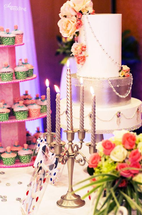pinkwedding8-167333-1370416065_600x0.jpg
