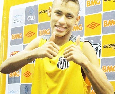 Trước đó Neymar đã có nhiều hình xăm khác.