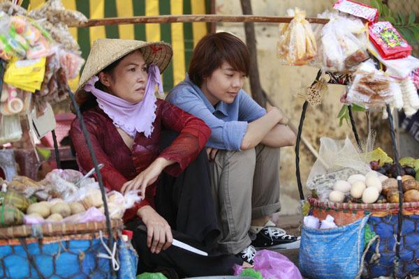 Phương Thanh vào vai cô Chanh trong Vừa ĐI Vừa Khóc, nhân vật là chị 2 của Minh Hằng. Là người duy nhất trong gia đình mà Minh Hằng có thể tâm sự hết mọi chuyện và biết được bí mật của Minh Hằng.