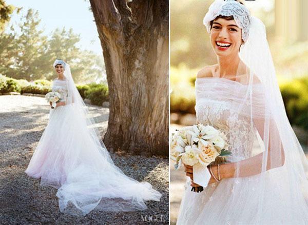 Anne Hathaway cũng diện váy cưới màu ombre của Valentino trong ngày cưới.