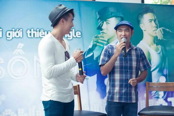 Đạo diễn phim 'Biết chết liền' Lê Bảo Trung cũng có mặt trong họp báo. Anh là người mời Vang Quốc Hải đóng phim 'Gọi yêu thương' và giúp anh đến gần hơn với khán giả qua vai Lâm Đô La.