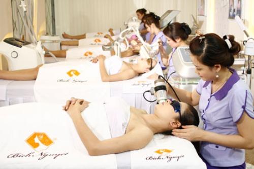 Công nghệ White Skin là giải pháp trị sẹo thâm hiệu quả.