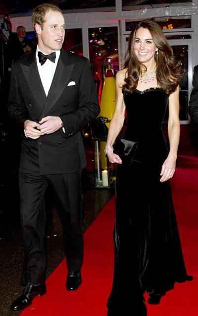 $7,049  At the Sun Military Awards (customized velvet Alexander McQueen gown and black Jaime Mascaro bag.)