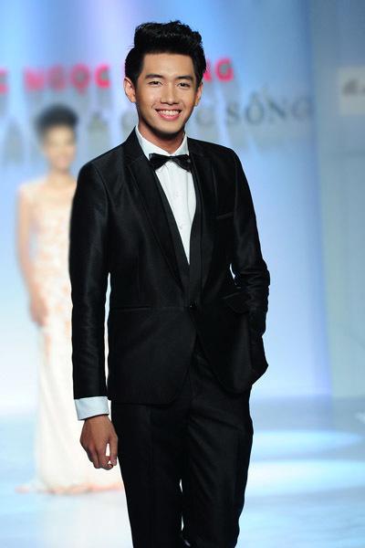Top 3 'Thử thách cùng bước nhảy 2012' Quang Đăng.
