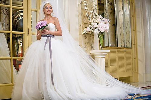 `Bóc giá` váy cưới của sao trên phim