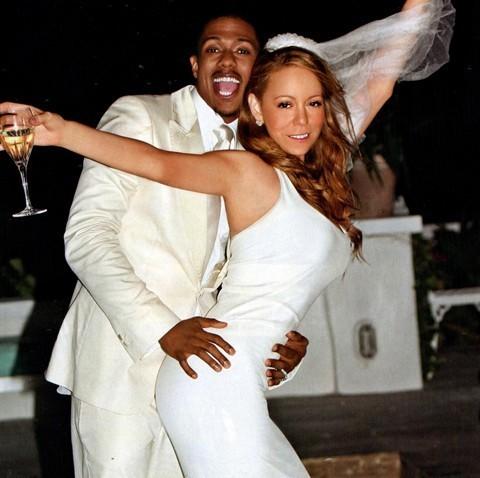 Mariah Carey 44 tuổi, trong khi Nick Cannon, chồng cô, mới chỉ 32.