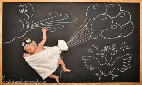 Những hình ảnh ngộ nghĩnh, đáng yêu trong giấc mơ tưởng tượng của đôi vợ chồng trẻ được thể hiện giản dị mà đầy sinh động qua bảng đen, phấn trắng.