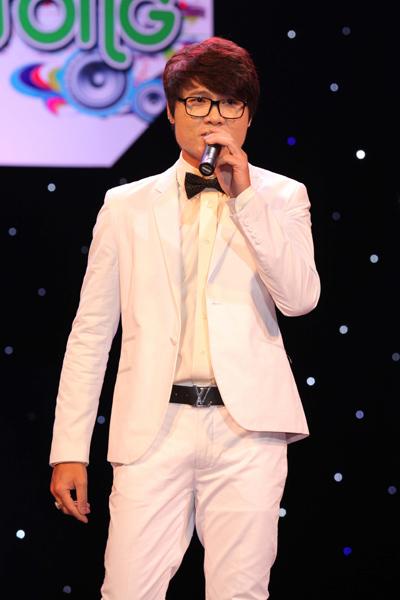 Ngoài ra còn có sự tham gia của nam ca sĩ Lê Nguyên.
