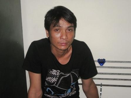 Nguyễn Văn Cường đã lấy của cặp tình nhân 300.000 đồng.