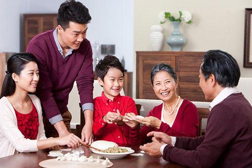 Ngày càng ít gia đình có nhiều thế hệ sống chung với nhau.