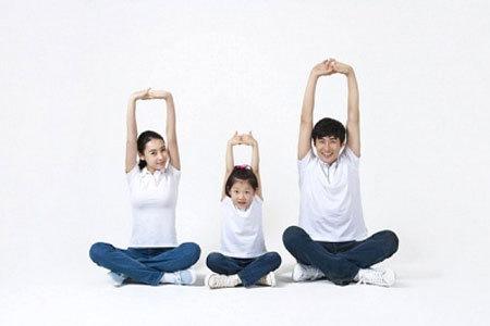 Các cặp vợ chồng trẻ sống riêng thường thoải mái hơn trong việc duy trì nề nếp sinh hoạt, ăn uống...