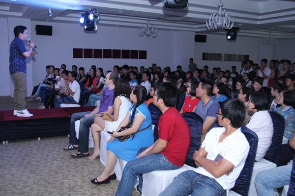 Nổi tiếng hơn 15 năm, Lam Trường vẫn sở hữu lượng khán giả trung thành rất đông đảo.