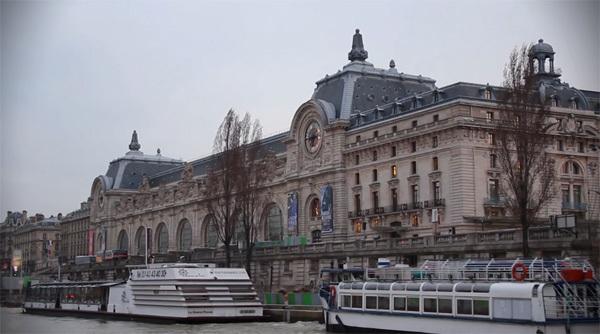 Paris 2013 (xem clip) mang đến những hình ảnh mới nhất của các công trình nổi tiếng, các điểm đến hấp dẫn du khách nơi kinh đô ánh sáng của thế giới.
