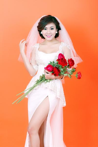 Tăng Huỳnh Như là trưởng nhóm nhạc TVM. Cô sinh năm 1994, có chiều cao 1m68 và nặng 50 kg. Năm ngoái, Tăng Huỳnh Như còn e ngại nên không dám ghi danh tham dự Miss Ngôi Sao 2012. Sau một năm, người đẹp đã tự tin hơn nên quyết định tham dự cuộc thi khi nghe tin mùa thứ tư bắt đầu khởi động. Xem bộ ảnh dự thi Miss Ngôi Sao 2013 của Tăng Huỳnh Như tại đây