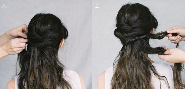 Với tóc phía sau, lần lượt lấy từng lọn tóc nhỏ ở hai bên và đặt chéo lên nhau.