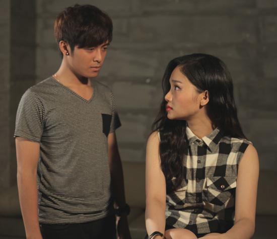 Một cảnh trong MV 'Giả vờ nhưng em yêu anh' của Miu Lê.