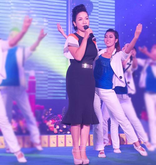 Gần đây, Mỹ Linh thường xuyên có mặt trong các event ở miền Nam.