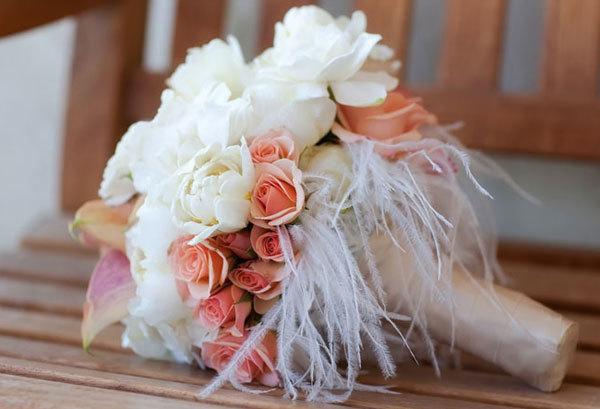 Kết quả hình ảnh cho hoa cưới lông vũ