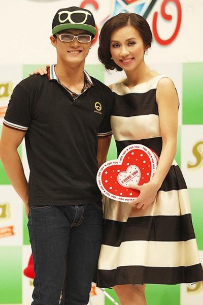 Trong một buổi, Huyền Ny phải làm việc với nhiều nghệ sĩ, như: vũ công Lâm Vinh Hải, diễn viên Kim Khánh, hot girl Sam...