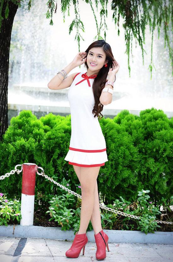 Tăng Huỳnh Như sinh năm 1994, cao 1m68, nặng 50 kg, số đo ba vòng 84-61-90. Tăng Huỳnh Như hiện tại là thành viên nhóm nhạc TVM. Cô vừa qua trở thành quán quân Viet Fashion Icon 2012.