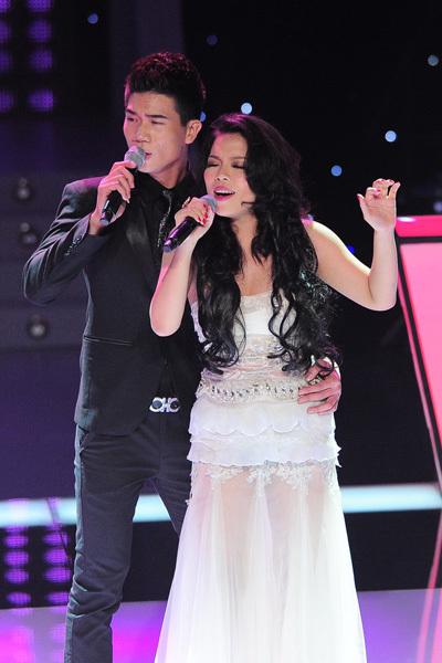 Hà Linh - Sơn Hải được huấn luyện viên Đàm Vĩnh Hưng chọn cho ca khúc 'Endless love' để thể hiện ở vòng 'Đối đầu'. Cả hai hát khá nồng nàn, tình cảm và phối hợp ăn ý.