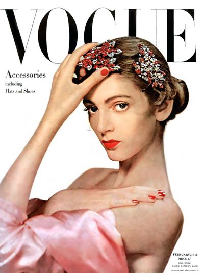 Ở tuổi 16, nàng xuất hiện trên bìa tạp chí Vogue Mỹ số tháng 10/1947.