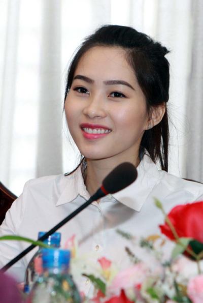 Kể từ sau đăng quang Hoa hậu Việt Nam 2012, Đặng Thu Thảo liên tục tham gia các chương trình từ thiện. Hiện, cô là đại sứ