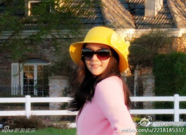Năm 2012, trong một lần trở về Trung Quốc, Trương Lợi