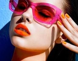 Bright-Lipstick-e1374837424466-1375087336_600x0.jpg