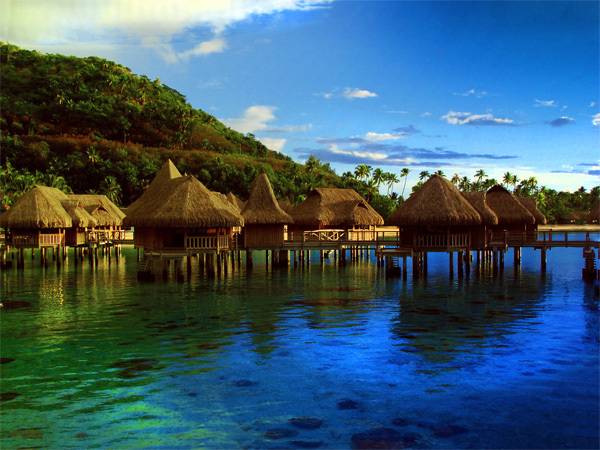 island8-1375774696_600x0.jpg