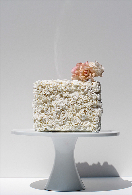 20 mẫu bánh cưới một tầng nhỏ xinh