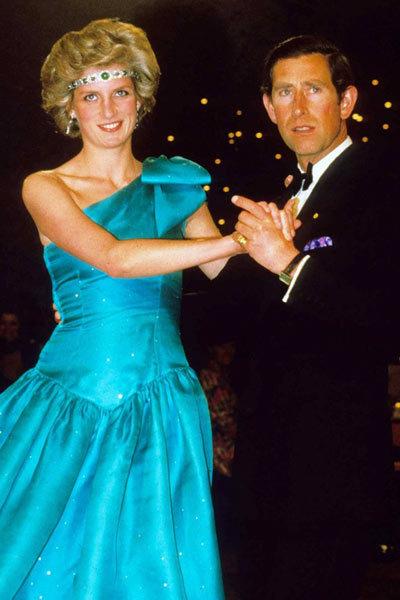 Diana-dress-3-1375863428_600x0.jpg