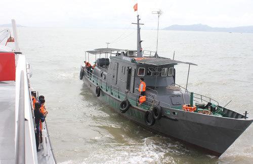 Đến chiều 4/8, đã có 6 trong 9 người mất tích tàu chìm ở cửa biển Cần Giờ tìm thấy. Ảnh: Duy Công