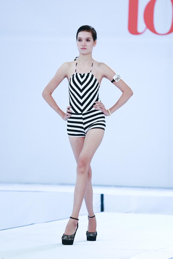 next-top-bikini-9-1376388549_600x0.jpg